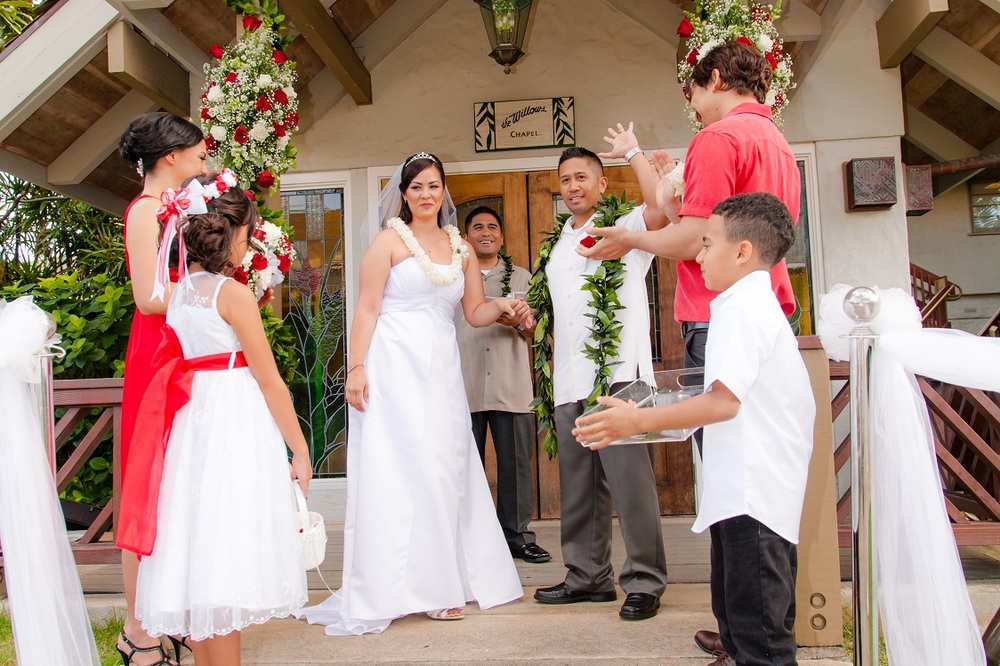 oahu valentines day wedding photographer waikiki