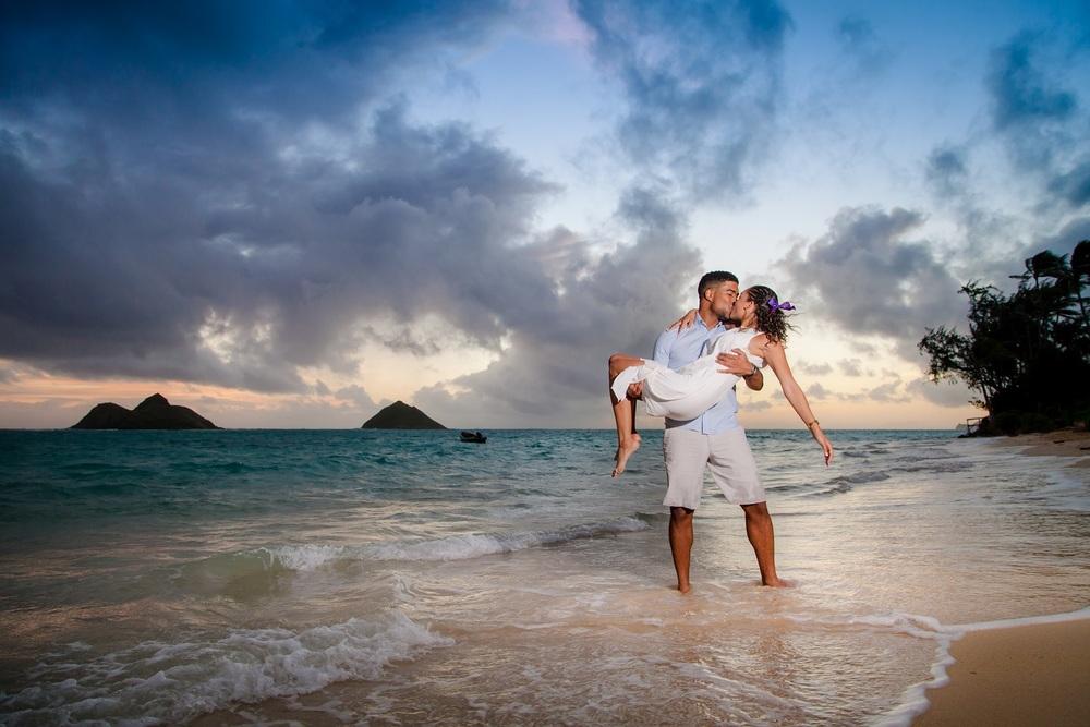 Oahu Romantic Couples Beach Photography Oahu Pro Photography