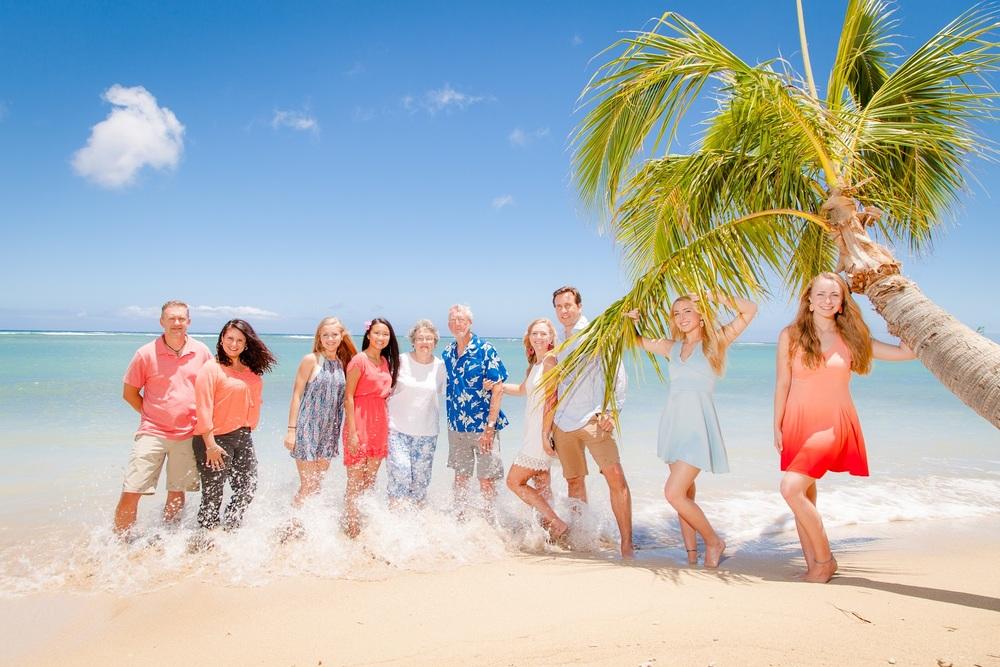 family waikiki beach photography