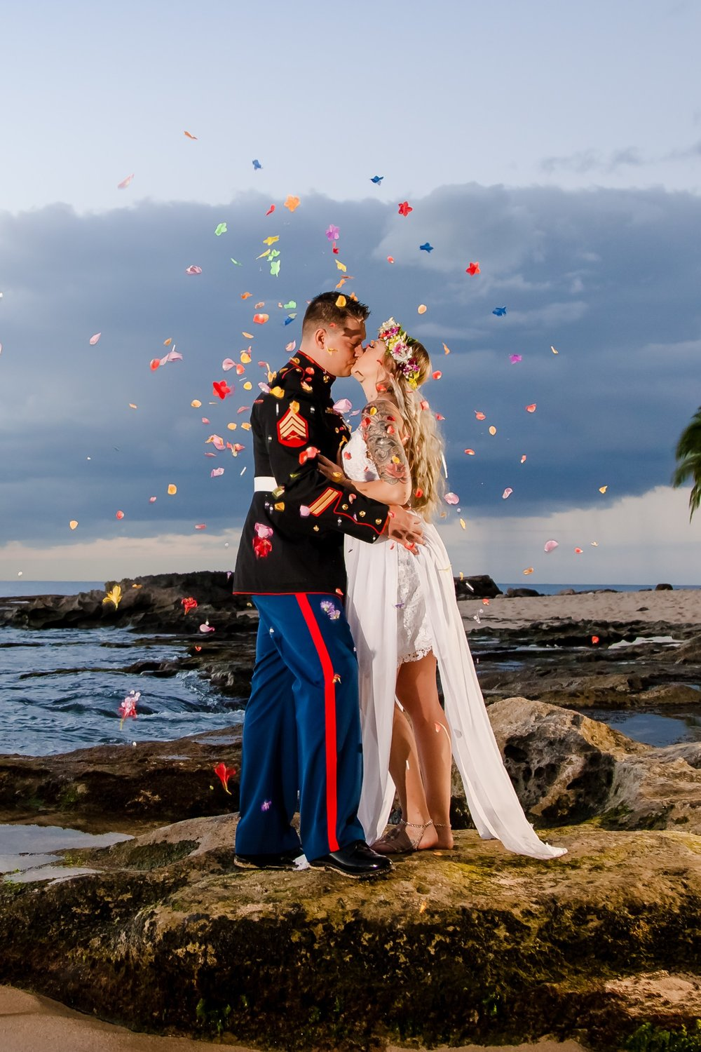 oahu beach engagement proposal couples photography sunrise waikiki hawaii