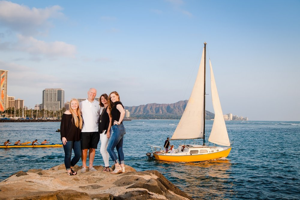 waikiki family outdoor photo session beach sunset