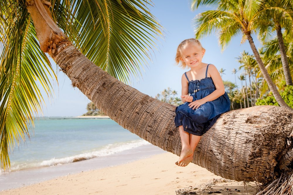 palm tree beach kids play waikiki portrait