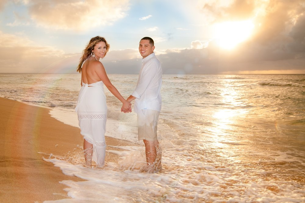 anniversary portrait photography beach sunset oahu