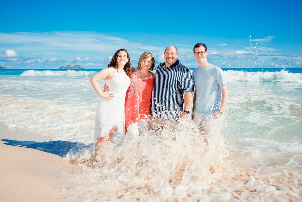 epic family beach portrait waimanalo oahu