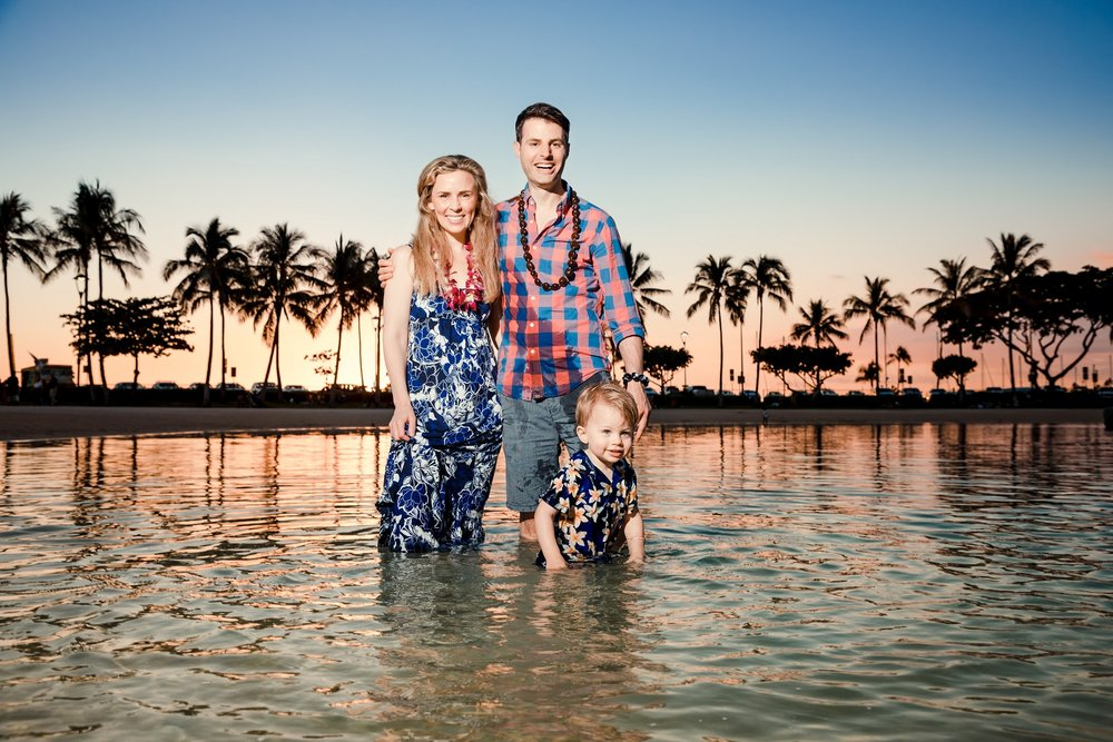 hilton village lagoon waikiki oahu family photographer