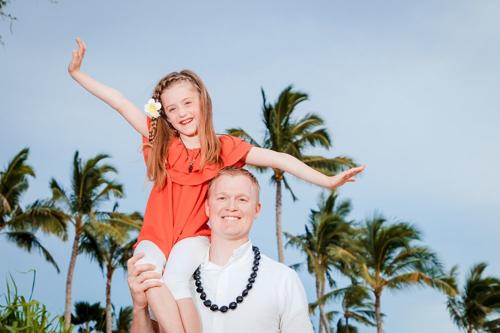 dad and me family photo in oahu