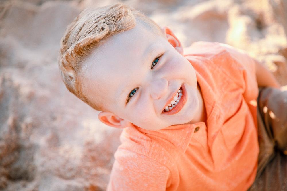 young boy childrens photographer ko olina oahu aulani