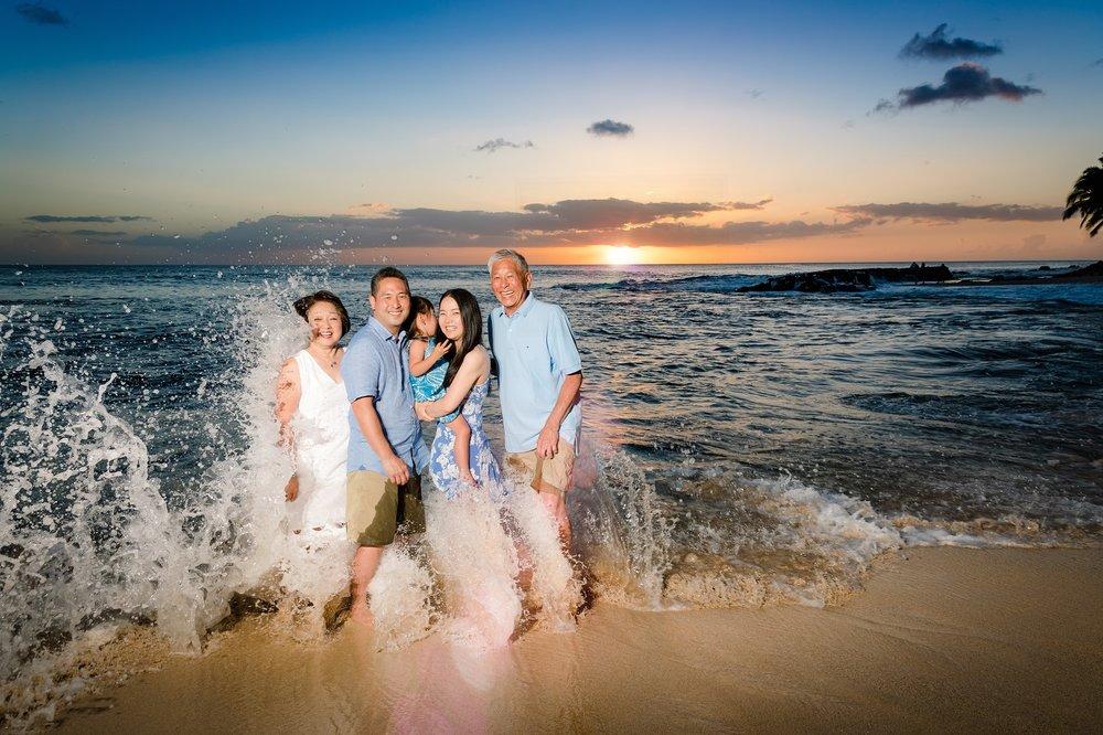 disney aulani family sunset wave splash portrait photography