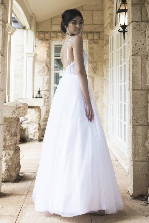 White April Collections — CIZZY BRIDAL