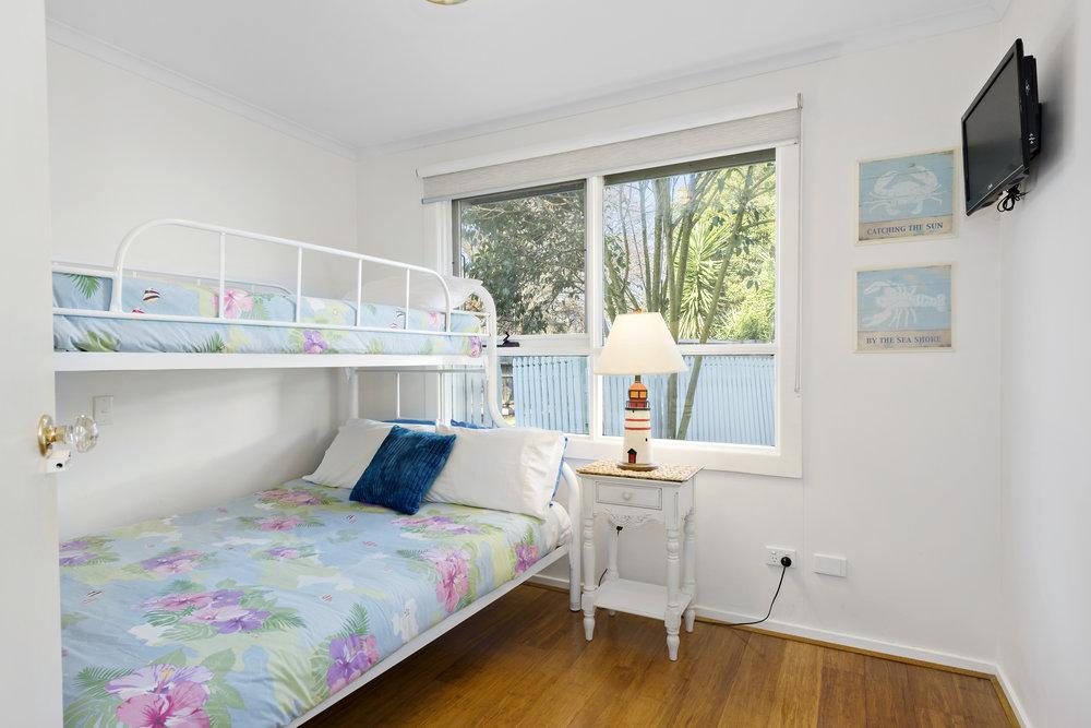 12-Bedroom.jpg
