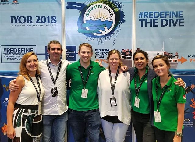 A happy Reef-World team after a very successful @asiadiveexpo ! Thanks to Gabriel Grimsditch from @unenvironment for coming and help raise awareness toward #coralreef protection in the #dive industry . #RedefineTheDive #IYOR2018 #greenfinsiyor2018