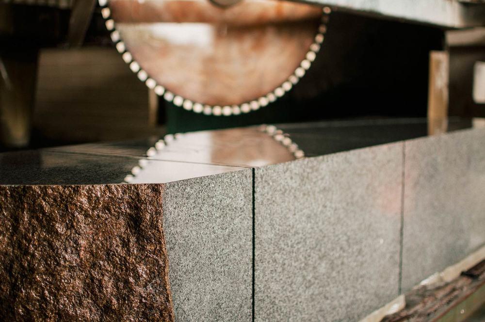 2.slideshow.cutting.service.quarry.design.build.sandstone.cut.to.size.granite.sandstone.whinstone.stone.buildings.blocks.sixe.sides.deliverd.delivery.jpg