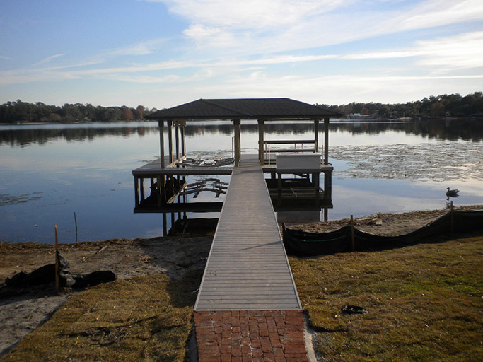 AZEK DECKING – LAKE CONWAY