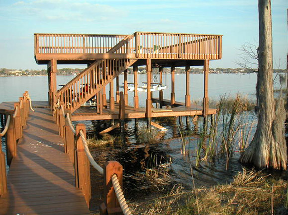 PINE & COMPOSITE DECKING – KEENES POINT
