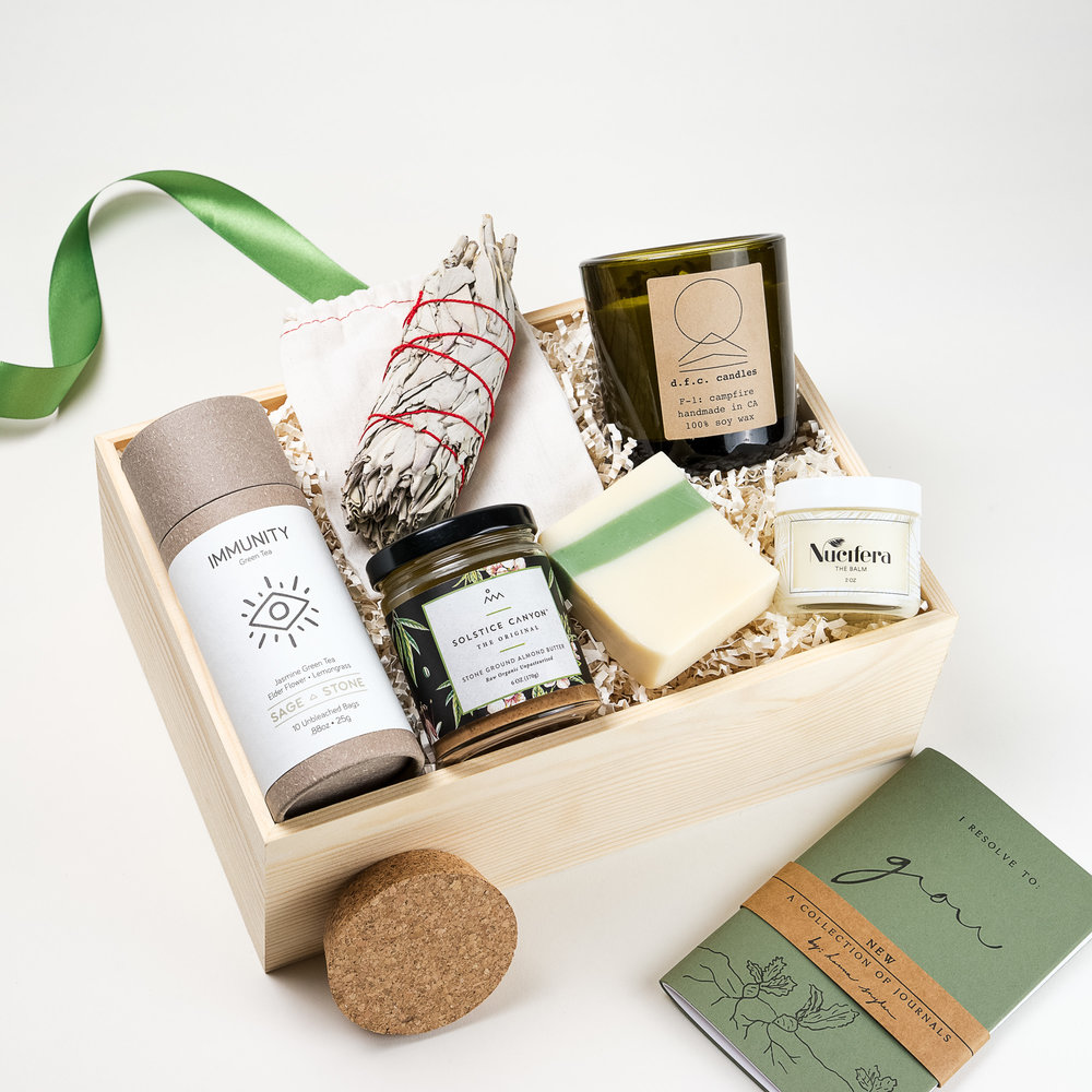 Nature Deluxe Curated Gift Box Los Angeles The LA Bliss & Nature Deluxe | The LA Bliss - Los Angeles | Curated Gift Boxes ...