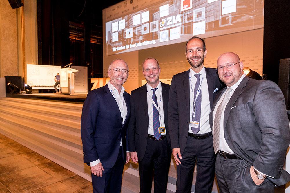 Frank Schmeichel (Geschäftsführer Business Network Berlin), Michael Schick (Präsident des ivd), Andreas Schrobback (Geschäftsführer AS IMMOBILIENGRUPPE)