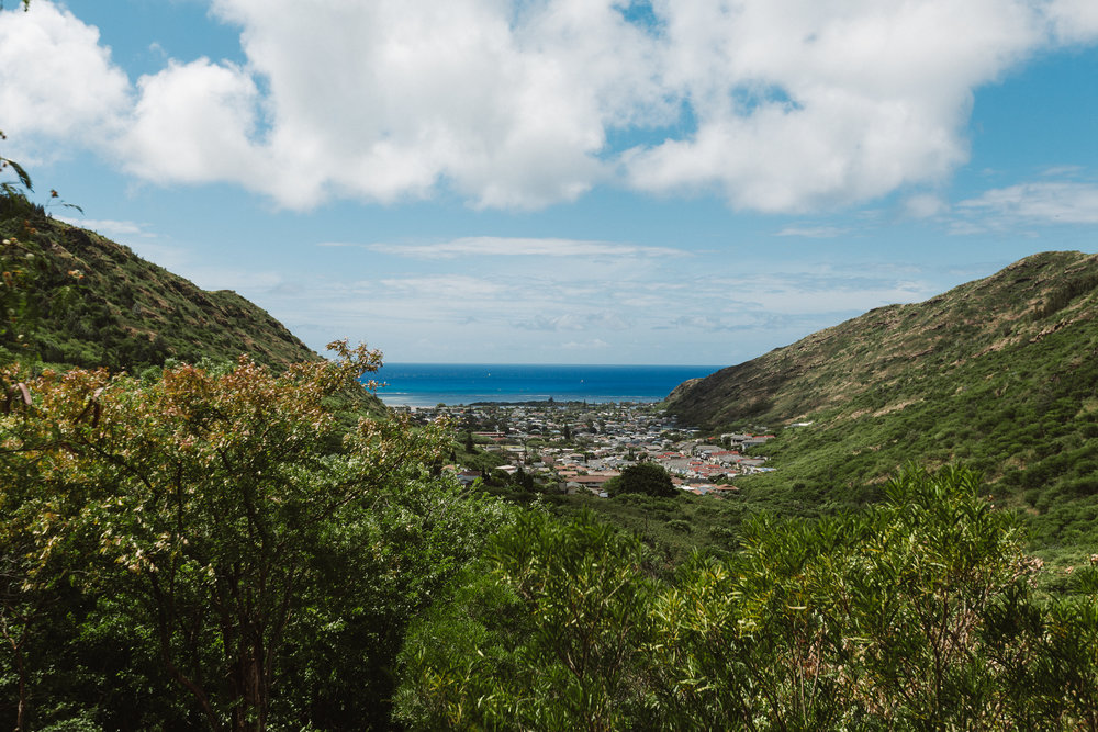 Looking towards the valley and the south-west shore of O'ahu from Kuliou'ou Ridge Trail Hike.