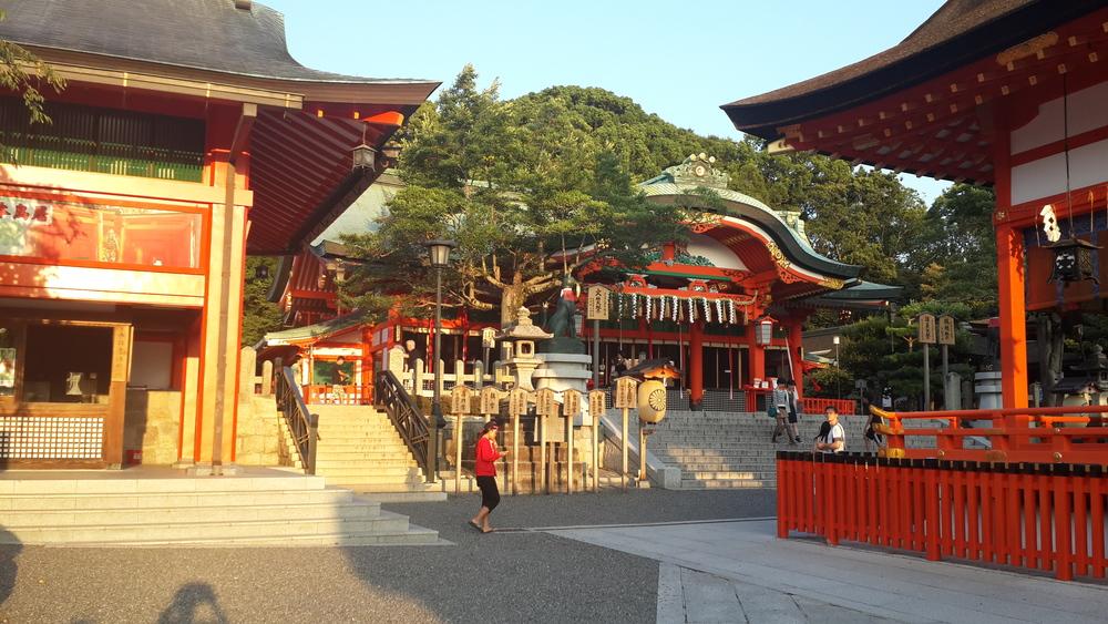 Entrance into Fushimi-inari shrine
