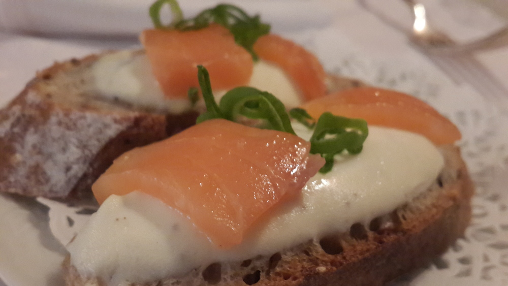 Starter: Salmon & Cream cheese bread