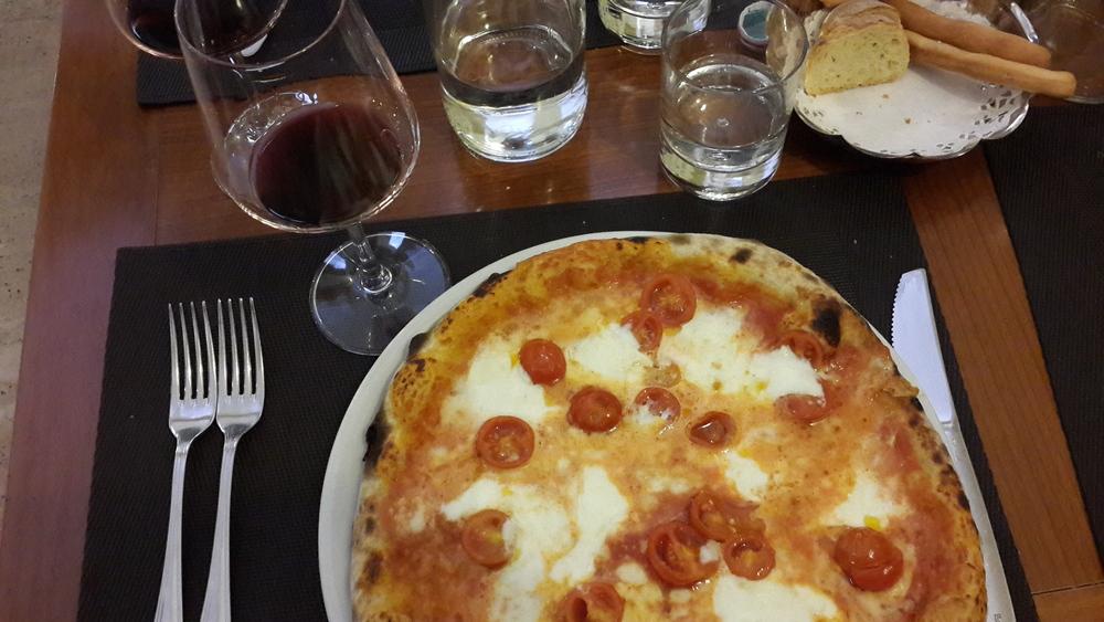 Pizza @ Il Mirto e la Rosa