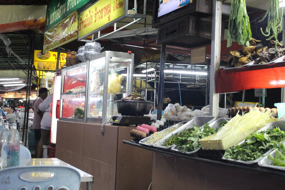 Night market in Ayutthaya