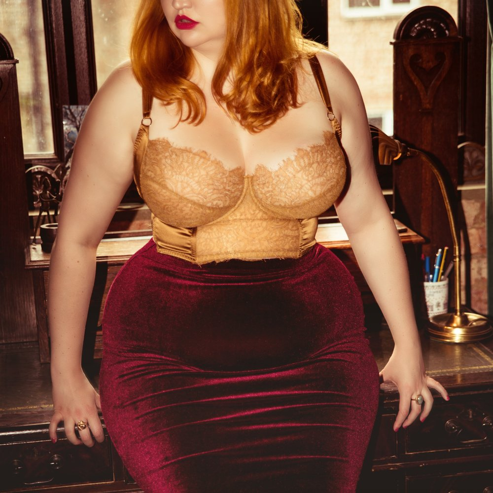 Amelia swan, London escort, Curvy, BBW