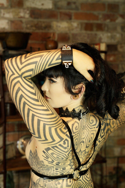 Mistress Tallula Tattooed, Kinky, Escort BDSM, ProDom, Professional Dominatrix, Seductive Domme, fetish escort, kinky escort, sydney mistress, Hobart mistress, Hobart dominatrix