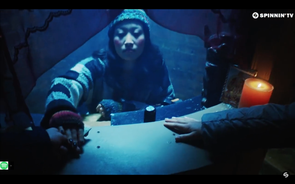 ANGLES x DEMONDS - JULIAN JORDEN