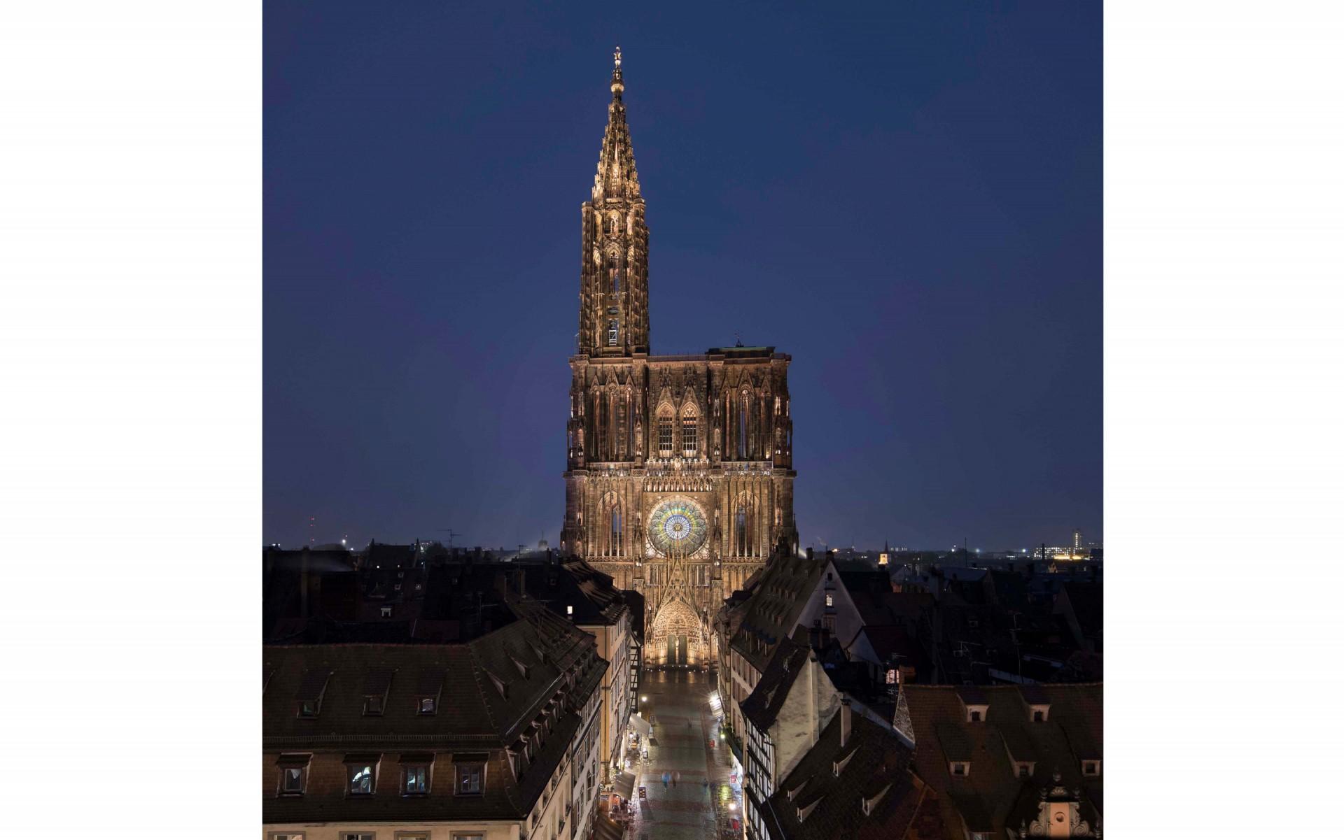 LumenPulse Catedral Strasbourg 3.jpg