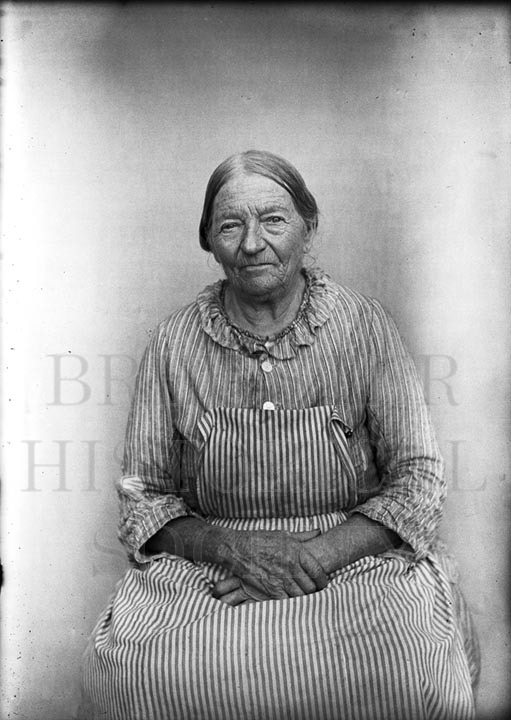 25. 1970.10.215 -  Seated Woman c.1900 - photographer unknown
