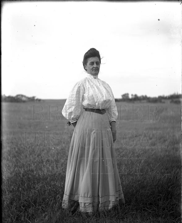 48. 1970.10.T486 Flora Kelley c.1900 - photographer Cornelius Chenery