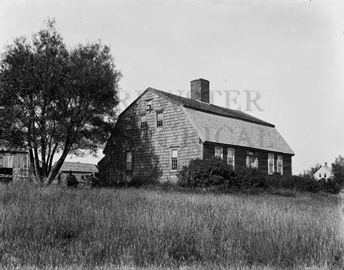 14. 1970.10.262 – Gambrel Roof House