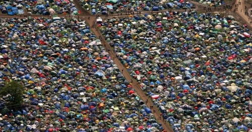 Everyone    camping   …