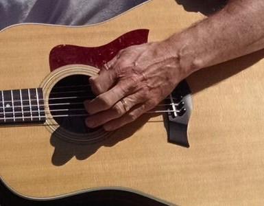 these-guitars-say-sorry-studio-recording