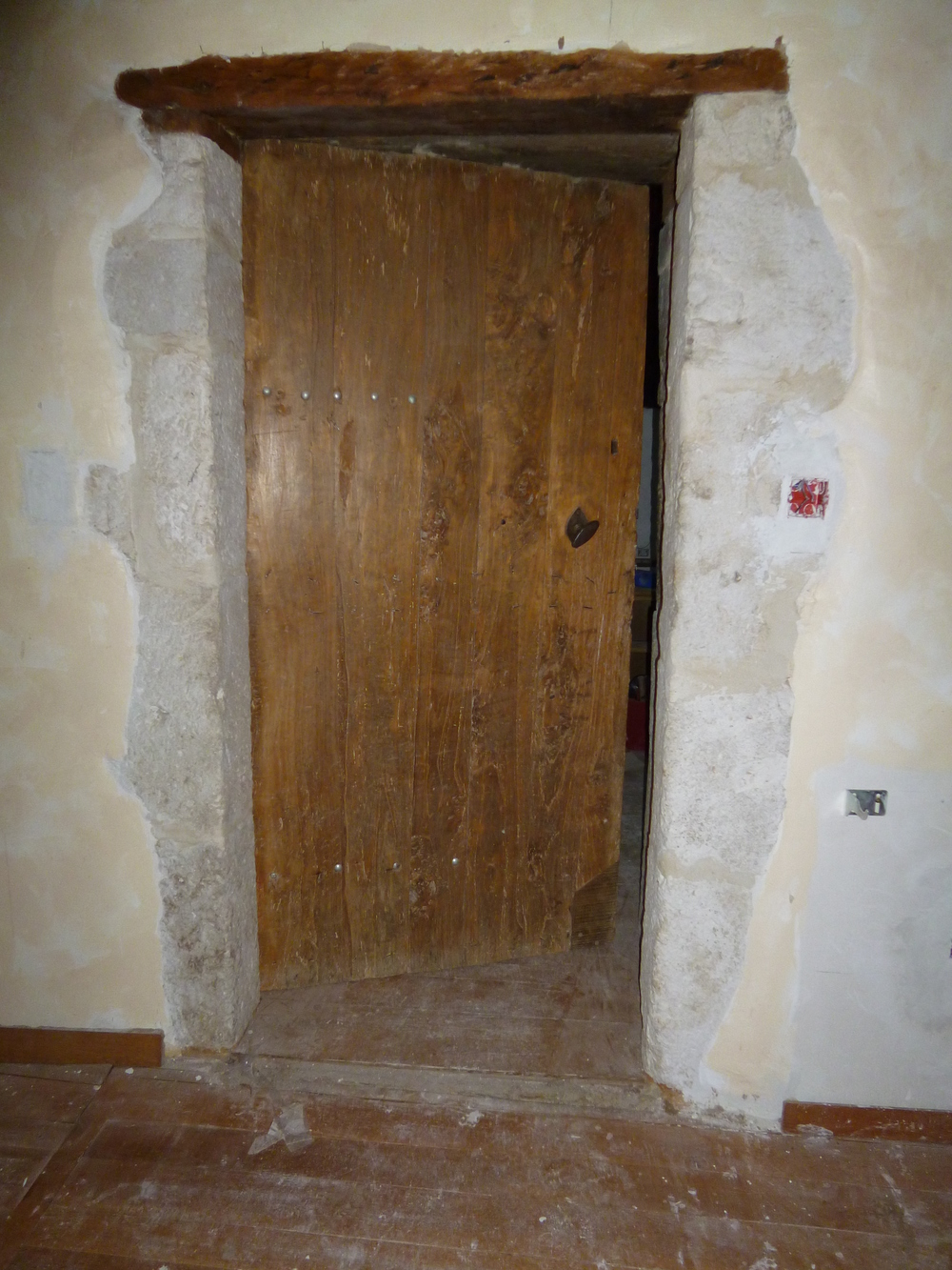 The original door to the salon.