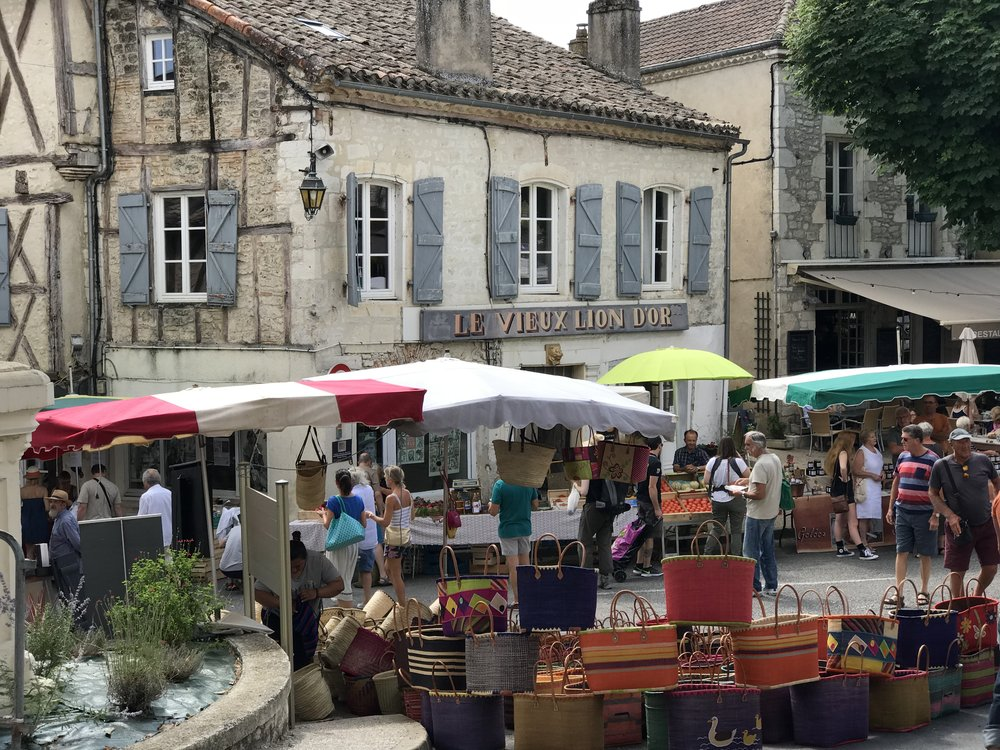 Montcuq market - Sunday Mornings