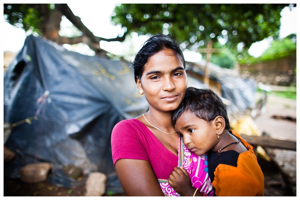 Chandrika (23) and her daughter, Sophia (2).
