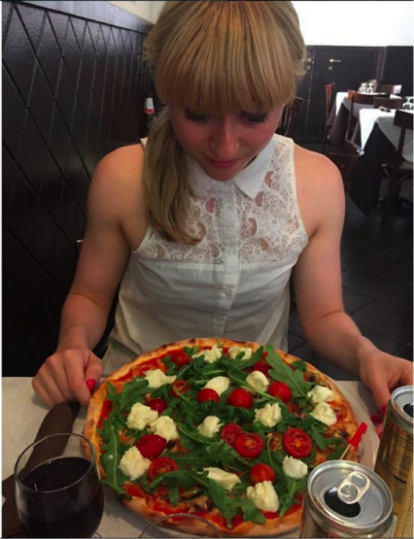 EATING THE BEST GLUTEN-FREE PIZZA IN ROME, ITALY