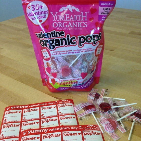 eYum Earth Valentine's Day Allergen-Free Pops