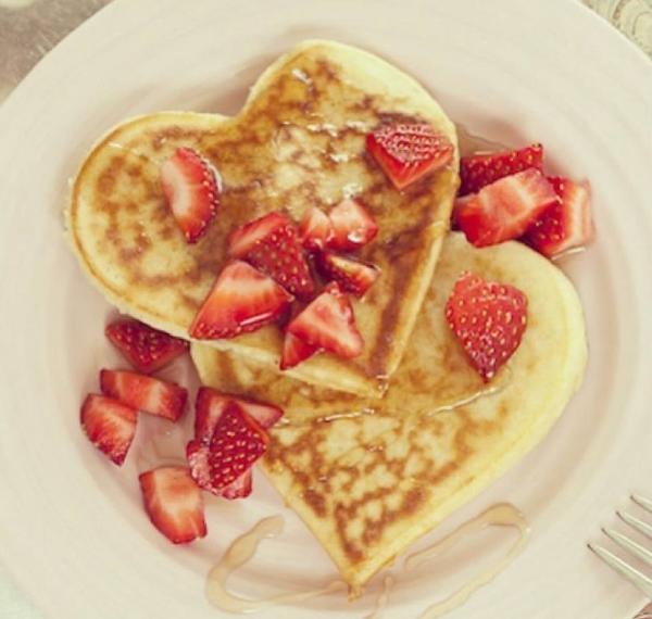 Nut-Free, Gluten-Free, Soy-Free, Dairy-Free, and more Heart Shaped Pancakes from The Really Great Food Company