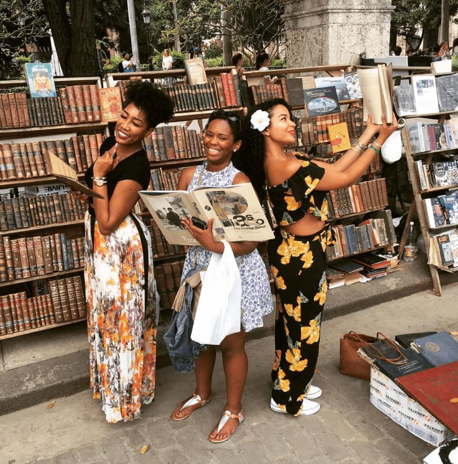 CUBA_CANDELA_book_market_havana_millenials