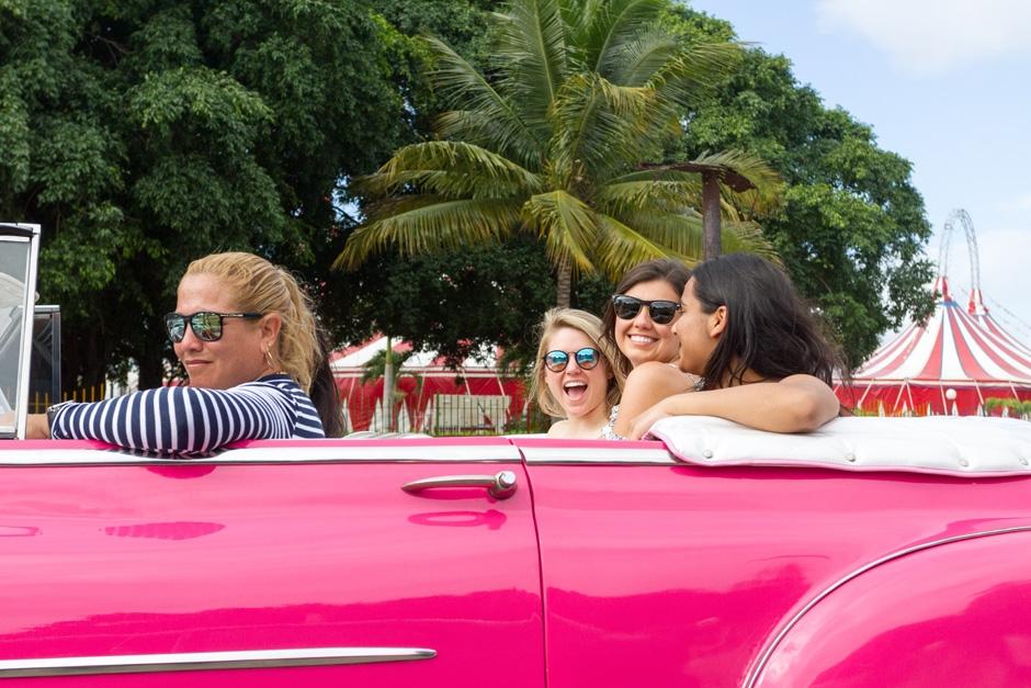 CUBA_CANDELA_convertible_pink_millenials_havana