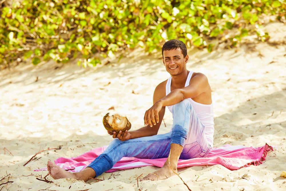 CUBA_CANDELA_suntan_summer_beach_sand_coconut