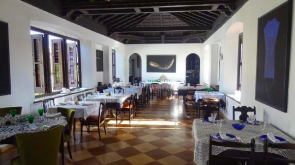 Dining room at Atelier | photo by Meergugger via TripAdvisor