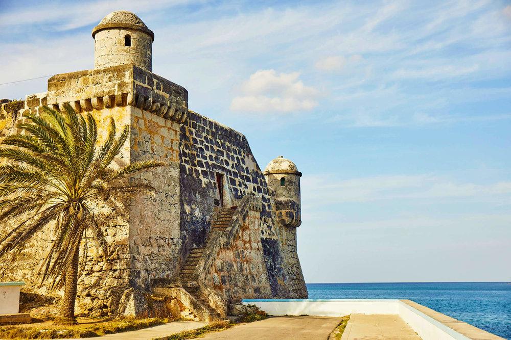 fort_by_the_sea_cojimar_fishing_village_cuba_havana.jpg
