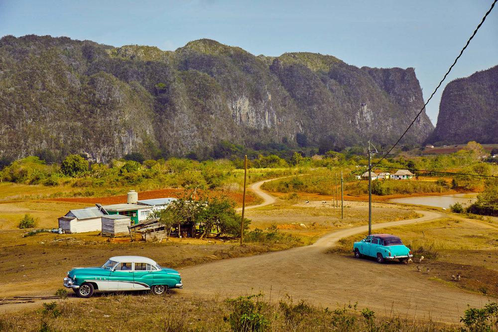 cuban_countryside_vinales_mogotes_classic_cars.jpg