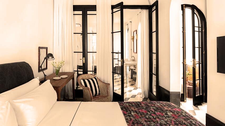 loma_del_angel_terrace_suite_bedroom.jpg