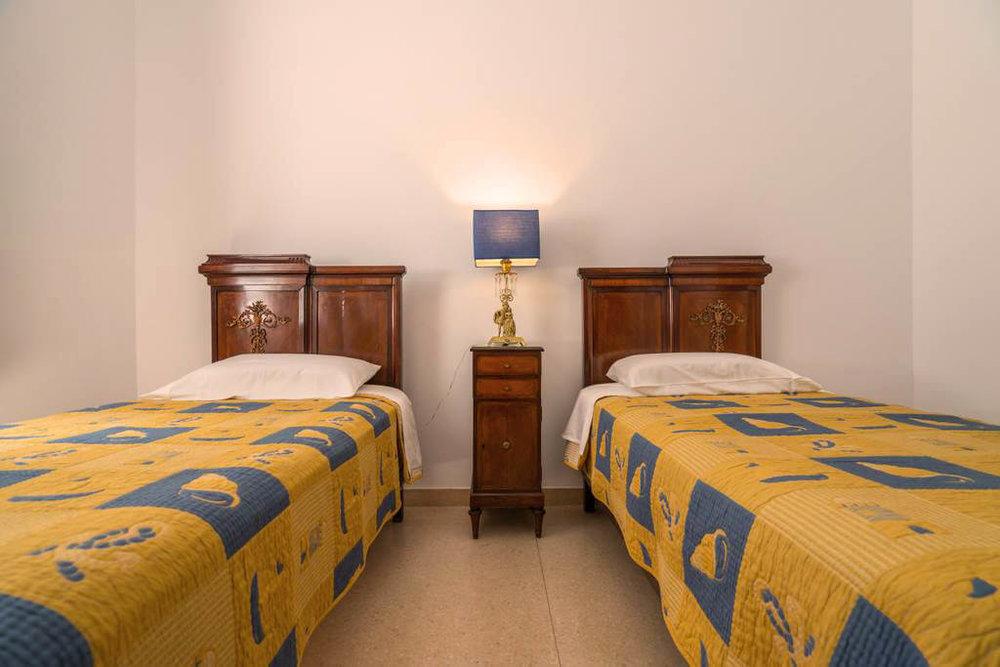 Bedroom Option 1.jpg