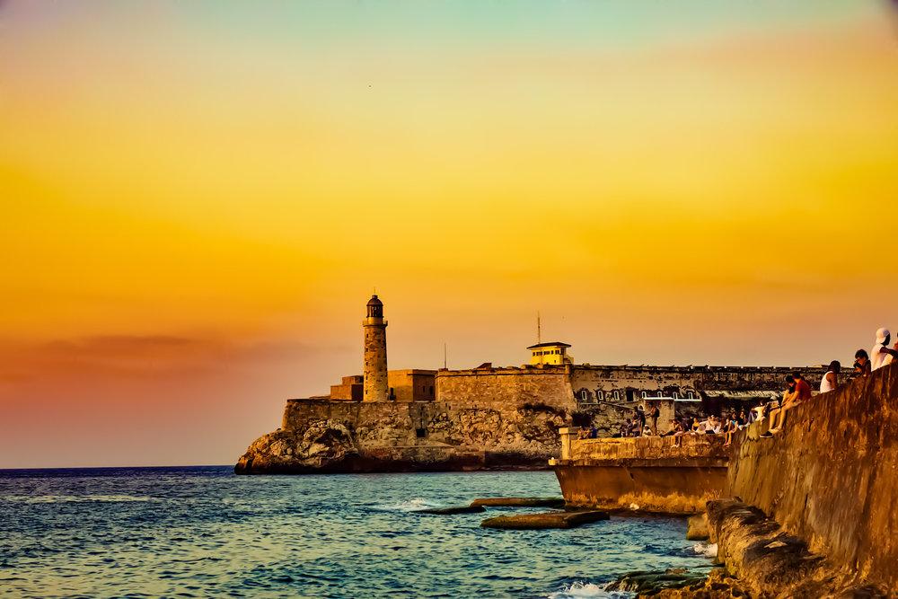 El_morro_malecon_ocean_view_sunset.jpg