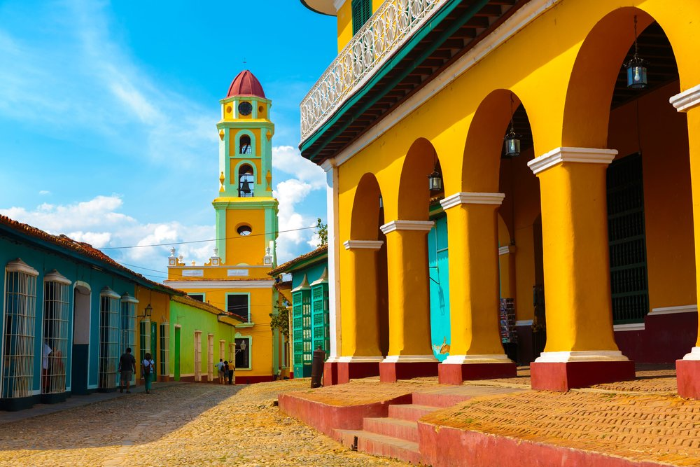 Colorful_bell_tower_Trinidad_Cuba.jpg